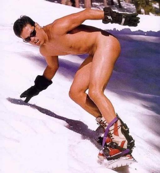 nude-snowboarding